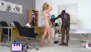 Étudiant en première année Stella Cox devient double baisée par des enseignants en collège privé