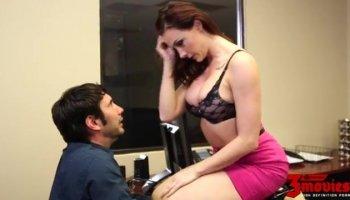 Jolie amatrice de jeunes salope hard sodomiser dp et facialize