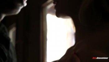 La BBC dans le cul pour salope Kate England après un footjob