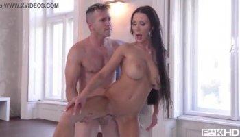 Rousse Sexy minx Ornella Morgan a lesbiennes affaire avec Franny